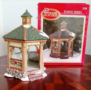 Dickens Collectables Towne Series Porcelain Gazebo